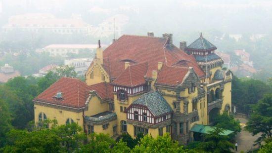 德国古堡式建筑青岛迎宾馆