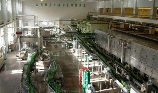 青岛啤酒二厂现代化啤酒生产
