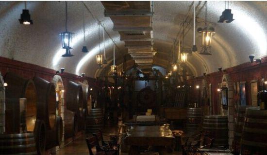 酒神在青岛葡萄酒博物馆